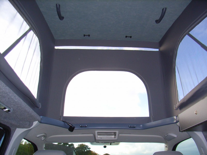 Reimo Elevating Roof Eclipse Custom Campers